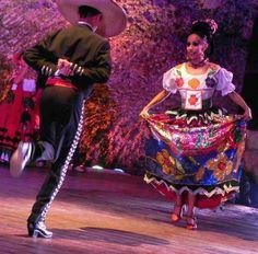 Ballet Folclórico Nacional de México, Jarabe Tapatío