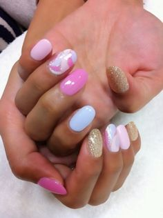 Pastel nails ...THATS WHAT I WANT