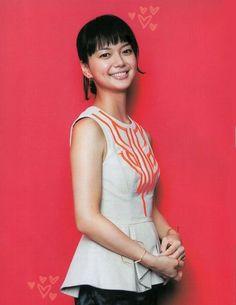 多部未華子 Vietnamese Dress, Redhead Girl, Cool Hats, Touken Ranbu, Hot Girls, Flower Girl Dresses, Beautiful Women, Culture, Actresses