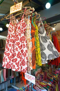 Shopping Chatuchak Market: the Ultimate Photo Guide to Bangkok's Best Market - Souvenir Finder <3