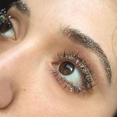 Trendy Makeup Eyeliner Glitter Make Up Ideas Makeup Trends, Makeup Inspo, Makeup Art, Beauty Makeup, Eye Makeup, Hair Makeup, Beauty Hacks, Beauty Advice, Nail Trends