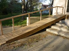 Very simple and elegant wheelchair ramp. | Clever Construction ...