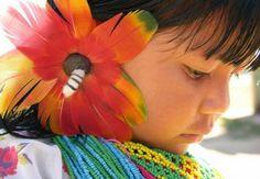 http://www.materiaincognita.com.br/wp-content/uploads/2012/04/India-Karaja-Tocantins.jpg