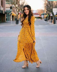 Modest Dresses for the Office Modest Dresses, Modest Outfits, Stylish Dresses, Skirt Outfits, Modest Fashion, Hijab Fashion, Dress Skirt, Boho Fashion, Casual Dresses