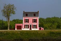 Pink house in Saint Valery sur Somme, France