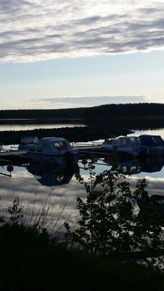 Evening in the small boat harbour in Rosvik