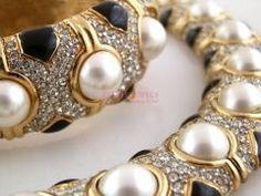Paved Rhinestone, Pearl, Enameled Ciner Collar & Bracelet