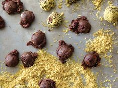 Chocolate Cherry Walnut Truffles WOW This just in from Food As Medicine nutritionist-chef-author Rebecca Katz https://www.spaheroes.com/topic/all/brainy-bites/