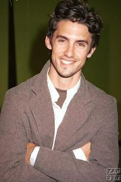 milo ventimiglia. swoon over than crooked smile. jess in my heart forever :)