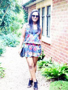 Petite Fashion Blogger: Elegantly Fashionable