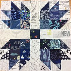 Love low volume with navy, great combination. Stitchbird: Tuesday Stack - What's all this about Low Volume Fabric? Scrappy Quilts, Easy Quilts, Mini Quilts, Star Quilts, Quilting Projects, Quilting Designs, Sewing Projects, Bear Paw Quilt, Low Volume Quilt