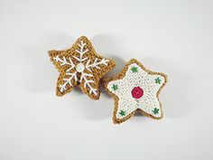 """Gingerbread Star - Free Knitting Pattern - PDF File - Click """"download"""" or """"free Ravelry download"""" here: http://www.ravelry.com/patterns/library/gingerbread-house-21-star"""