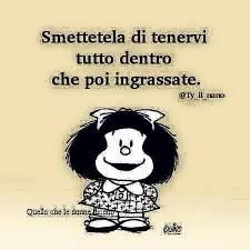 Risultati immagini per mafalda vignette Smile Quotes, Funny Quotes, Verona, Gruseliger Clown, Italian Quotes, Charles Bukowski, Betty Boop, Vignettes, Cool Words