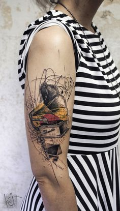 BERLIN Graphic style Tattoos Appointments via Tattoos Musik, Music Tattoos, Hot Tattoos, Trendy Tattoos, Color Tattoos, Tattos, Tattoo Girls, Girl Tattoos, Tattoos For Guys
