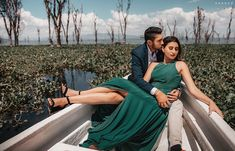 Stunning Outift Ideas for your Pre-Wedding Shoot! Wedding Film, Wedding Story, Wedding Couples, Outdoor Photography, Film Photography, Couple Photography, Wedding Photography Packages, Pre Wedding Photoshoot, Best Wedding Photographers