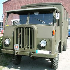 Strange Cars, Army Vehicles, Maybach, Swiss Army, Old Trucks, Nice, Campers, Jeep, Military Vehicles