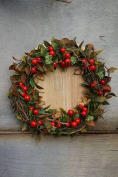 SYNAE / Jesenný veniec Christmas Wreaths, Floral Wreath, Holiday Decor, Home Decor, Floral Crown, Decoration Home, Room Decor, Home Interior Design, Flower Crowns