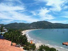 La Ropa beach Zihuatanejo