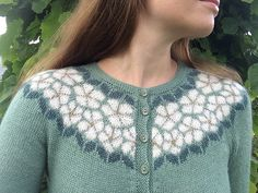 Ravelry: Epleblomstring / Apple Blossom pattern by Lene Tøsti Fair Isle Knitting Patterns, Knitting Designs, Knit Patterns, Crochet Woman, Knit Crochet, Icelandic Sweaters, Mulberry Silk, Pullover, Hand Knitting