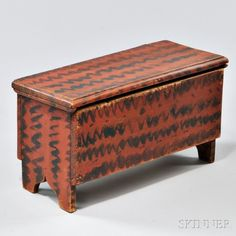 Miniature Paint-decorated Pine Six-board Chest, possibly New Hampshire, c. the molded top with cleated ends above the nail-constructed box Primitive Furniture, Country Furniture, Antique Furniture, Blanket Box, Blanket Chest, Painted Chest, Painted Boxes, Old Boxes, Antique Boxes