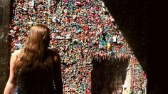 Two Idiots Traveling: CHEWING GUM WALL OF SEATTLE