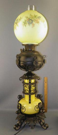 Antique Bradley&Hubbard GWTW Banquet Table Oil Lamp  Wrought Iron Yellow Glass #GWTW #BradleyHubbard