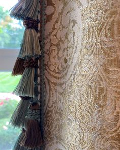 Trims are the perfect way to add that extra special detail to your window treatments ✨ Check out these draperies Designed and Installed by us!