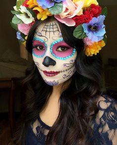 Hola hermosas como están?  Aqui les comparto esta fotito de este maquillaje de catrina que yo recreé. El videito ya esta en el canal vengo en colaboracion con estas hermosas chicas. No se olviden en pasar a verlas @nancy_arvizu @beautybylalita @jazmins.makeup @ivonne_d_makeup  #colaboracion  #halloweenmakeup #catrina #chicasbonitas #latinas #chicas♥  #mexicana #youtuber