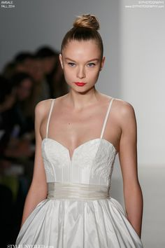 Gorgeous Fall 2014 Amsale Wedding Dresses / SYPhotography / via StyleUnveiled.com/wedding-blog/category/wedding-dresses