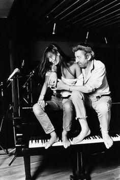 Serge Gainsbourg, during a recording session with his partner Caroline Paulus, also known as Bambou. 1986, Paris, France, Tony Frank ©