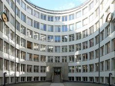 Court of the National Social Insurance building by Sigurd Lewerentz. Photo: Pol Martin