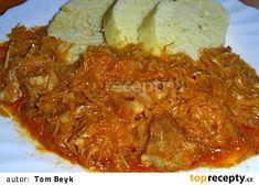 "Segedín z jednoho hrnce alias ""eintopfsegedi"" recept - TopRecepty. Czech Recipes, Chicken, Meat, Food, Red Peppers, Hoods, Meals, Kai"