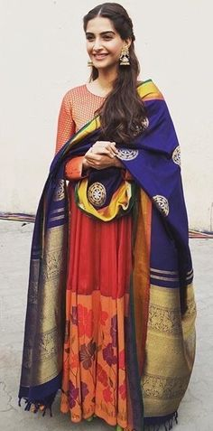Love the saree pallu as dupatta <3