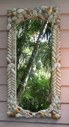 Seashell Mirror ideas + DIY  + Beach Cottage Decor + Coastal Living + Nautical + Perfect for Entryway