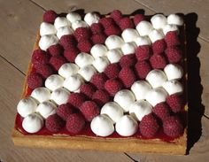 J'en reste baba: Tarte aux framboises et chocolat blanc Oreo Cheesecake, Sweet Tarts, Creative Food, Diy Food, Beautiful Cakes, Food Pictures, Coco, Sweet Recipes, Raspberry