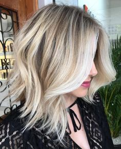 It's true, you can observe that balayage works pretty nicely with all hair lengths. Still another website to explain to you how balayage is finished. You can't fail with this gorgeous b… Long Bob Haircuts, Long Bob Hairstyles, Blonde Hairstyles, Hairstyles 2016, Layered Haircuts, Pixie Haircuts, Wedding Hairstyles, Trendy Hairstyles, Wavy Lob Haircut