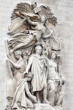 Le Triomphe de Cortot orne l'Arc de Triomphe de l'Étoile, place Charles-de-Gaulle, VIIIe, XVIe et XVIIe arr,