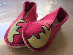 Pantuflas para adultos Espadrilles, Shoes, Fashion, You Complete Me, Slipper, Espadrilles Outfit, Moda, Zapatos, Shoes Outlet