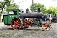 Avery steam traction engine built in Peoria Illinois. Note the engine mounted below the boiler. by Keith Black