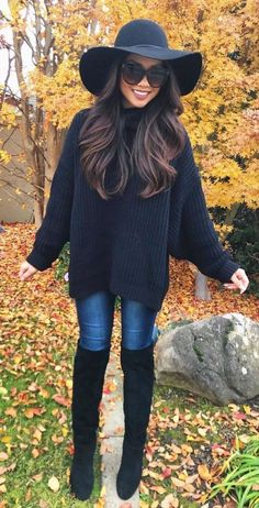 Outfits boho black sweater with blue jeans and pair of black knee high boots. black sweater with blue jeans and pair of black knee high boots Winter Outfits For Teen Girls, Winter Boots Outfits, Stylish Winter Outfits, Cute Fall Outfits, Casual Outfits, Outfit Winter, Black Outfits, Winter Clothes, Blue Jean Outfits