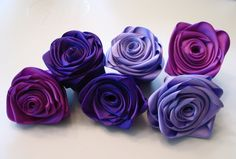Wonderful Ribbon Embroidery Flowers by Hand Ideas. Enchanting Ribbon Embroidery Flowers by Hand Ideas. Diy Ribbon Flowers, Satin Ribbon Roses, Ribbon Flower Tutorial, Rose Tutorial, Ribbon Art, Ribbon Crafts, Flower Crafts, Fabric Flowers, Paper Flowers