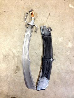 whiskey-wolf: This is one of the coolest swords i've ever seen