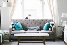 Living Room Sofa Couch Interior - Free photo on Mavl Living Room Sofa, Living Room Furniture, Living Room Decor, Living Rooms, Living Spaces, Apartment Furniture, Studio Apartment, Apartment Therapy, Living Area