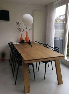 Notre table Spring se la joue chic. Collection du fabricant hollandais Odesi.