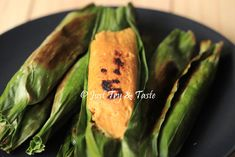 Resep Otak-Otak Ikan Bumbu Rempah a la JTT Indonesian Food, Fish And Seafood, Asparagus, Zucchini, Easy Meals, Vegetables, Chopper, Singapore, Recipes