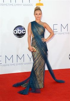 Hayden Panettiere arrives at the Primetime Emmy Awards at the Nokia Theatre in Los Angeles on Sept. See more celebs at the 2012 Emmy Awards on Wonderwall. Hayden Panettiere, Forever21, Beautiful Gowns, Beautiful People, Gorgeous Dress, Marchesa Gowns, Marine Uniform, Red Carpet Looks, Red Carpet Fashion