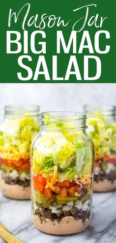 TheseMeal Prep Low Carb Big Mac Salad Jars are like a healthy cheeseburger - you probably already have the sauce ingredients! #bigmac #masonjarsalad Mason Jar Lunch, Mason Jar Meals, Meals In A Jar, Mason Jars, Lunch Snacks, Clean Eating Snacks, Healthy Eating, Eat Lunch, Lunch Bags