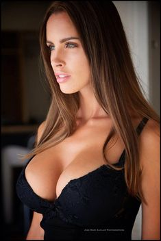 The perfect Slovakian girl,Lucia Javorcekova is full lipped, large chested with a tiny, skinny belly. Here's a quickLucia Javorcekova bio:She's52 kg,5'6 with a bust...