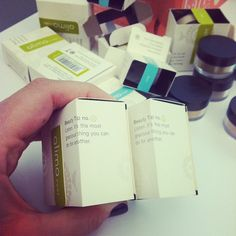 Alima Pure beauty tips on all of their packaging. #bbdesktweets http://birch.ly/xesH4x #birchbox