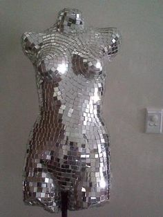 Disco ball mannequin- hell yeah!!! Want one for my bedroom!